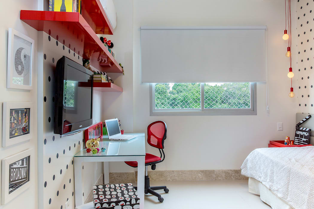 Milla Holtz & Bruno Sgrillo Arquitetura Modern Bedroom