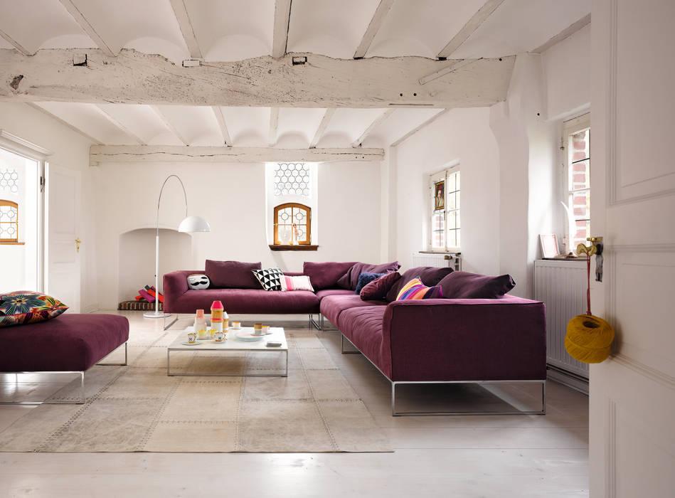 Living room by COR Sitzmöbel Helmut Lübke GmbH & Co. KG, Modern