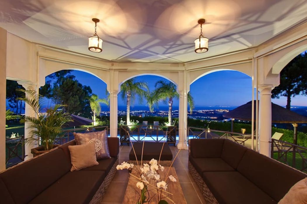 Terrazas de estilo  por Ambience Home Design S.L. , Ecléctico