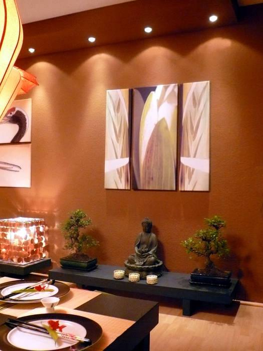 Asian style dining room by Innenarchitektin Claudia Haubrock Asian