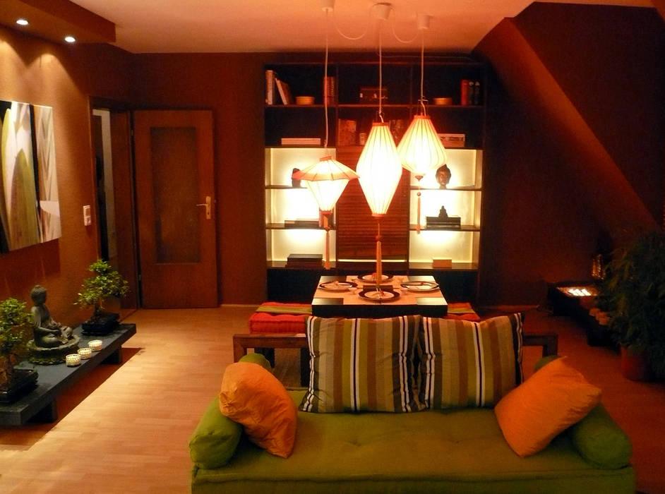 Essbereich Asiatisches Wohnzimmer:  Wohnzimmer von Innenarchitektin Claudia Haubrock,Asiatisch