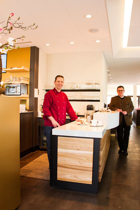 Cafe Schmidt Klassische Ladenflächen von trend group Klassisch