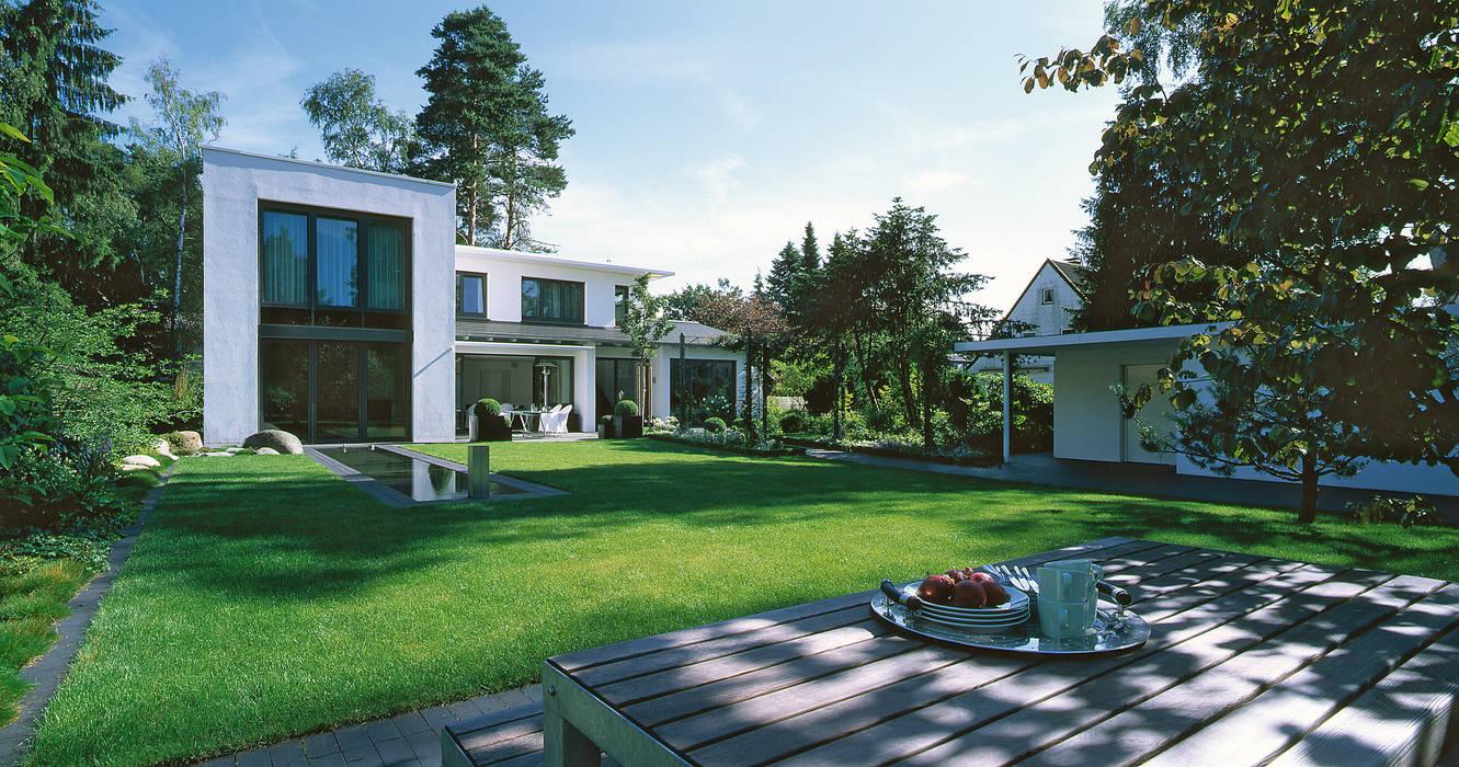 L-A-E LandschaftsArchitektur Ehrig & Partner Giardino moderno