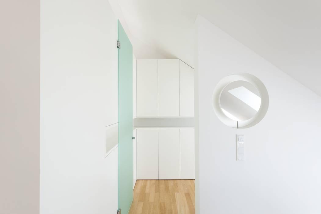 exclusives Möbeldesign Klassische Ankleidezimmer von innenarchitektur-rathke Klassisch