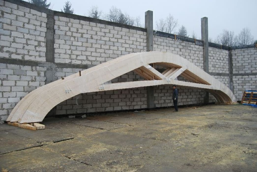 Roof Glulam Curves:  Garden by EcoCurves - Bespoke Glulam Timber Arches