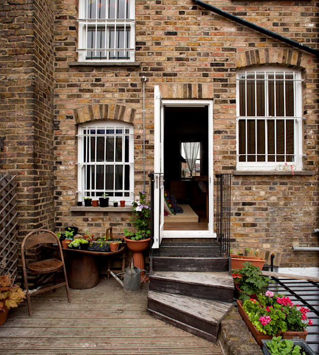Falkirk St Industrial style houses by MDSX Contractors Ltd Industrial