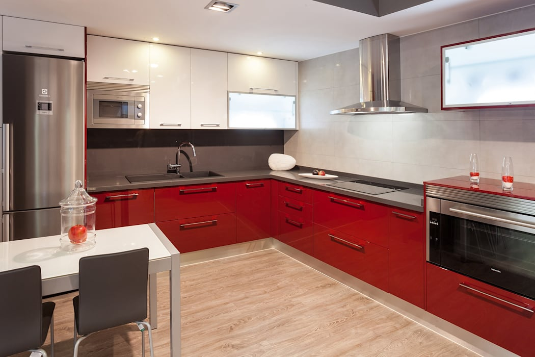 Modern kitchen by Cocinas Rio Modern
