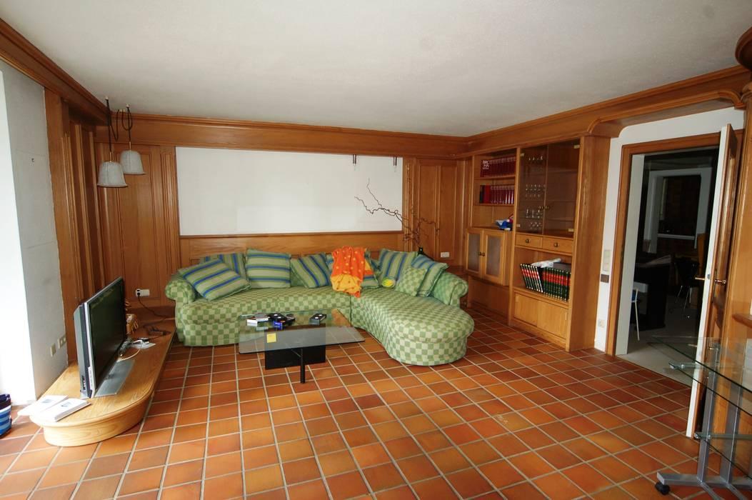 Wohnzimmer - vorher von Münchner home staging Agentur GESCHKA Landhaus