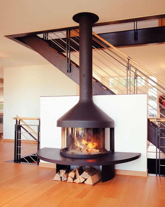Optifocus Fire homify Living roomFireplaces & accessories