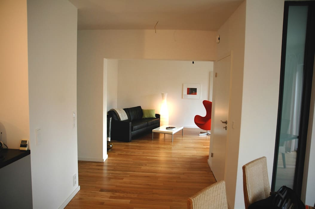 Verwandlung an der Ostsee Moderne Wohnzimmer von zymara und loitzenbauer architekten bda Modern