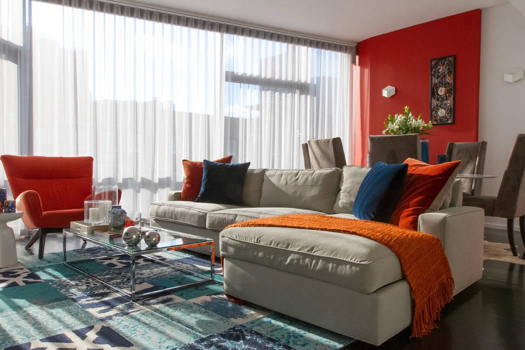 Ruang Keluarga oleh Bhavin Taylor Design,