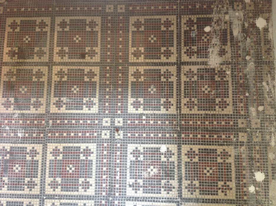 Treppenhaus Fliesenboden restauriert ,ergänzt und aufgearbeitet:   von Illusionen mit Farbe