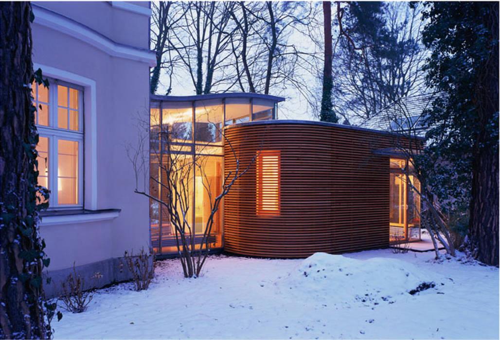 Dämmerung:  Häuser von and8 Architekten Aisslinger + Bracht