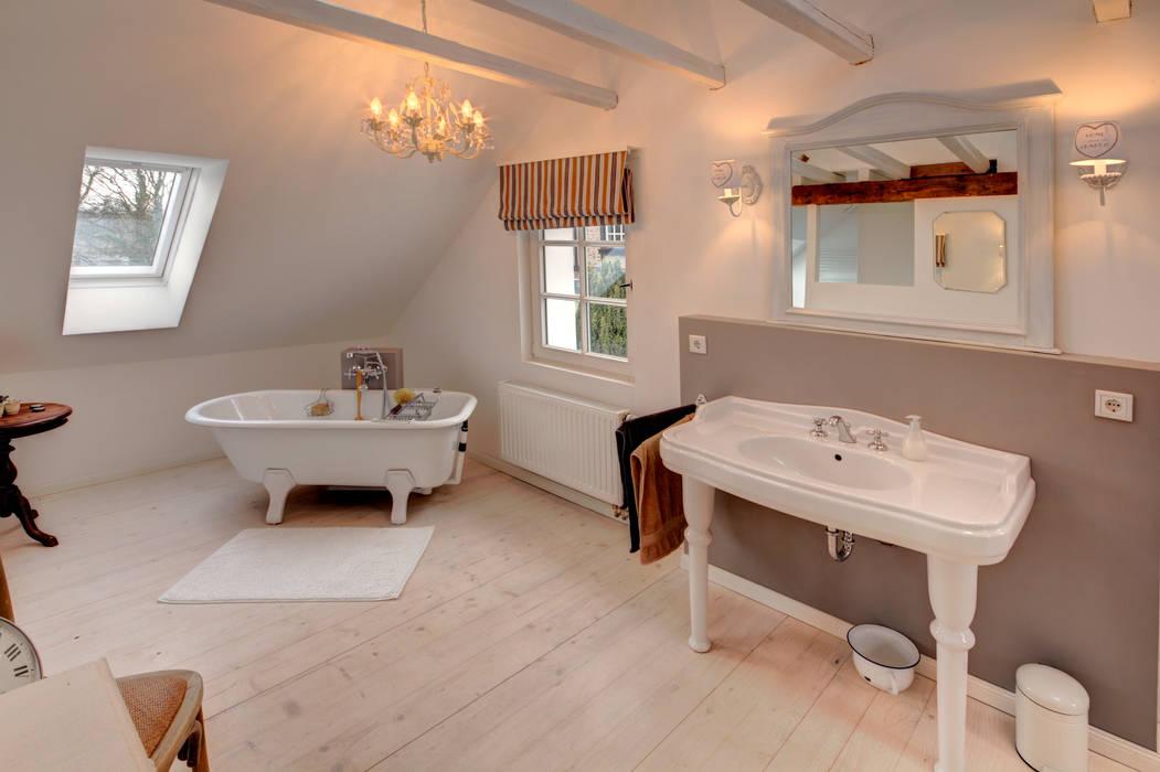 Hofhaus 1890, bad badezimmer im landhausstil von lichters ...