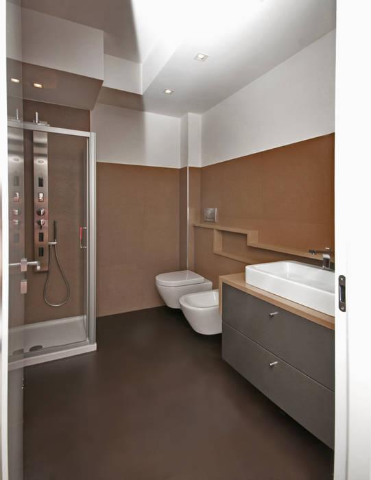 Bathroom by LuVi ph
