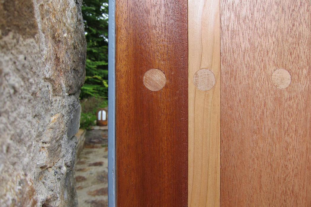 Ворота Гараж в стиле минимализм от Shar Project Минимализм