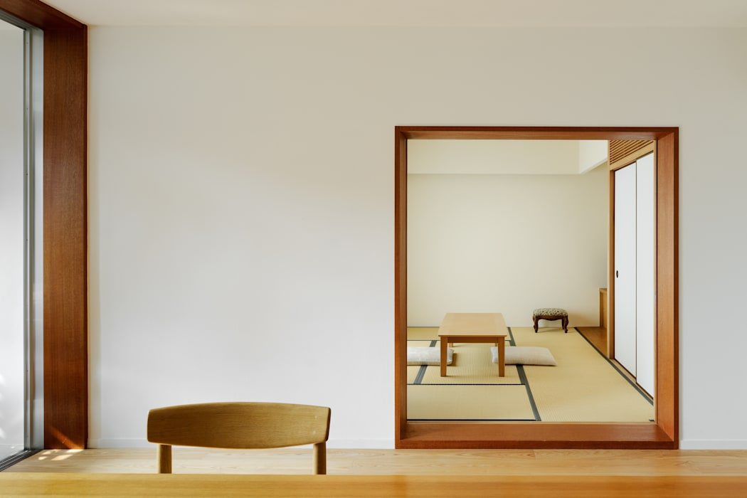 Kikumi Kusumoto/Ks ARCHITECTS Moderne Wohnzimmer