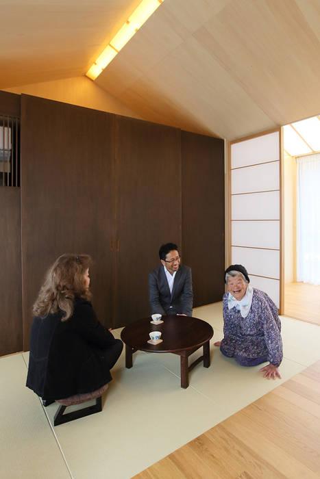 三田の農家-ANNEX/GAZEBO カントリースタイルの 寝室 の eu建築設計 カントリー