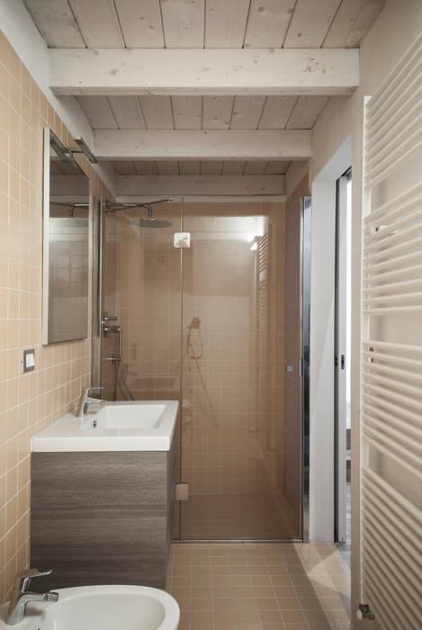Casa qBO:  in stile  di LADO architetti, Moderno