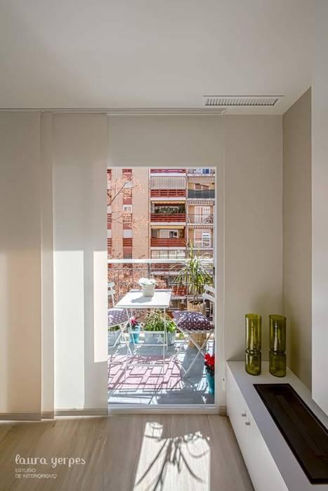 Terraza homify Balcones y terrazas de estilo moderno