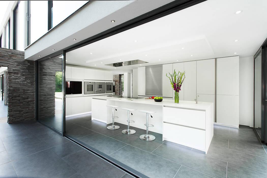 AR Design Studio- Abbots Way AR Design Studio Modern kitchen