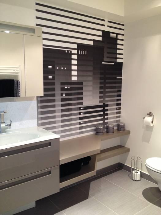 Salle de bain jeune adulte Salle de bain moderne par Texture Designed by G. Moderne