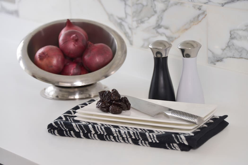 A Monochrome Kitchen - Minimal yet Practical Modern kitchen by Cathy Phillips & Co Modern