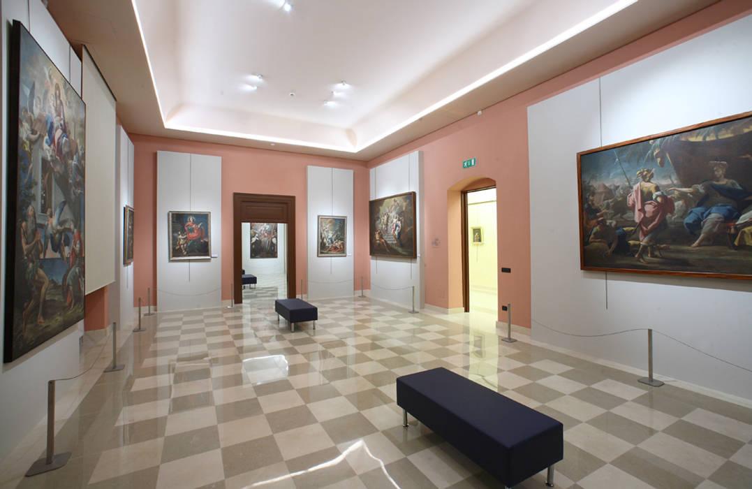 Museo Diocesano di Molfetta Musei in stile classico di FèRiMa architetti russo Classico