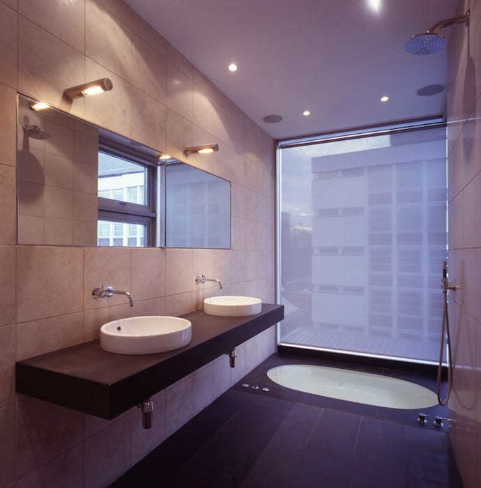 Shoreditch Modern bathroom by Gregory Phillips Architects Modern