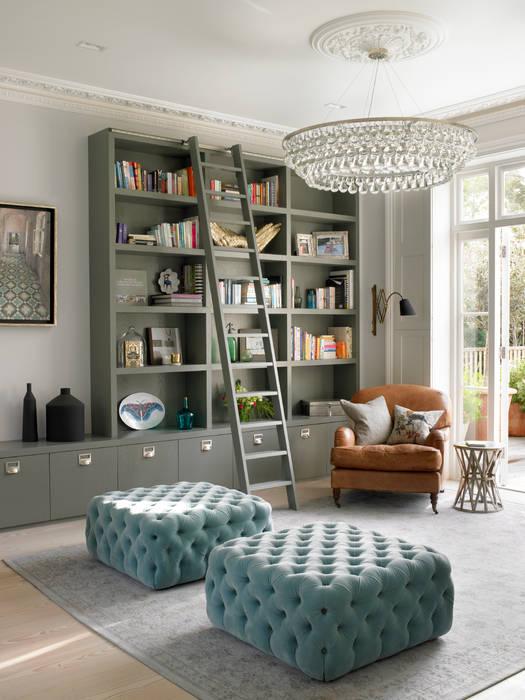 Wimbledon Salas de estilo moderno de LEIVARS Moderno