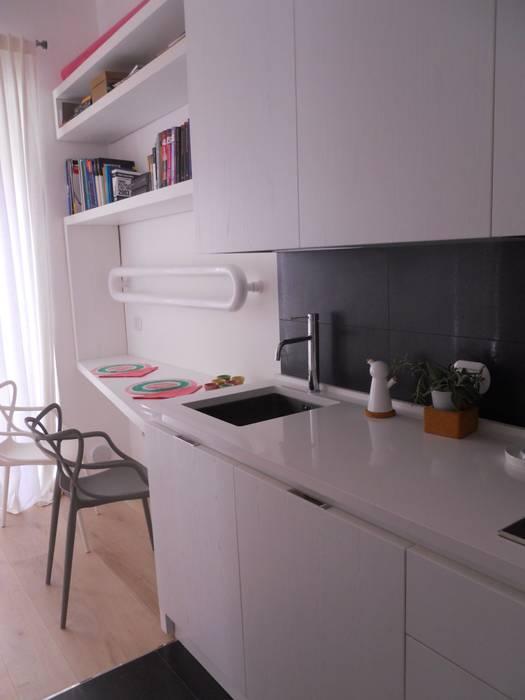 _Cucina: Case in stile  di Idealarchitecture