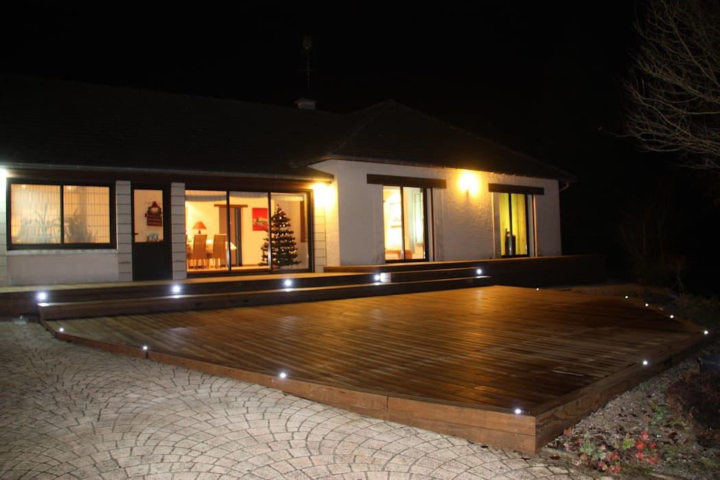 Holzterrassen mit integrierter Beleuchtung:  Garten von BS - Holzdesign