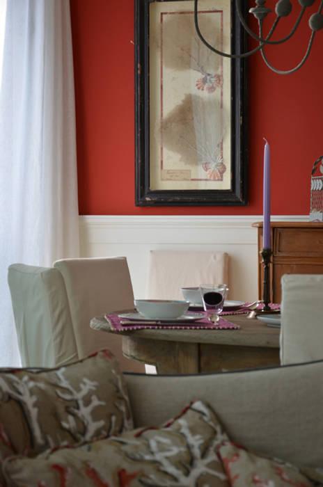 Interior design - Sea House - Jesolo Venezia Italy: Soggiorno in stile in stile Eclettico di IMAGO DESIGN