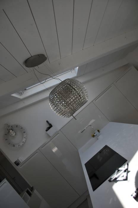 Interior design - White Loft Treviso Italy Cucina minimalista di IMAGO DESIGN Minimalista