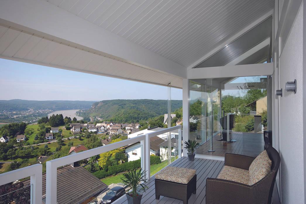 Panoramalage im Siebengebierge:  Terrasse von DAVINCI HAUS GmbH & Co. KG
