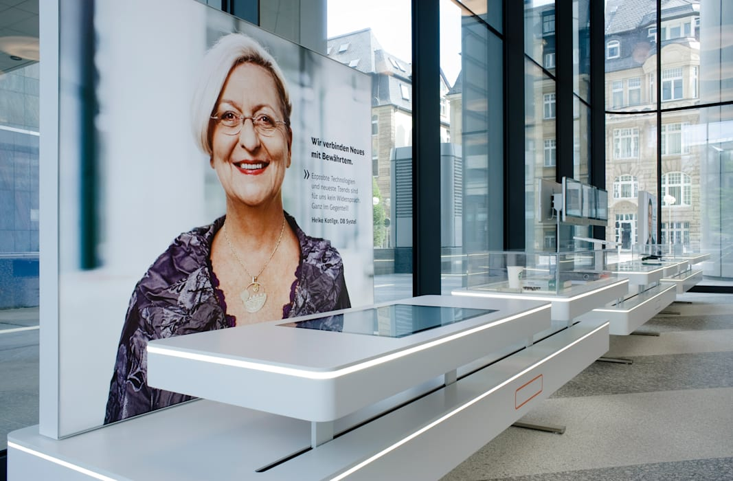 Ausstellungsarchitektur:  Geschäftsräume & Stores von Marius Schreyer Design