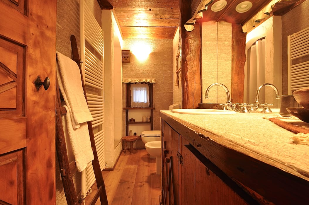 Rustic style bathroom by homify Rustic