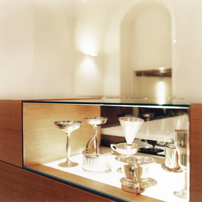 Vitrine Frühstücksraum:  Geschäftsräume & Stores von Marius Schreyer Design
