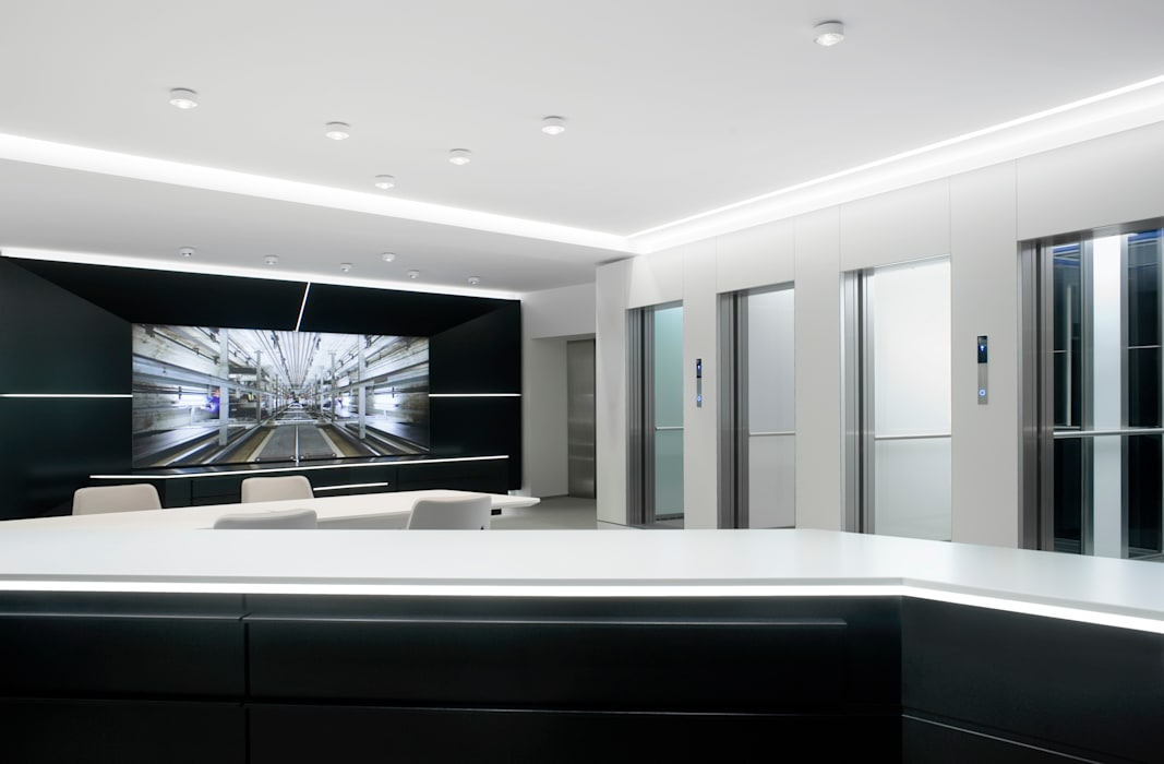 Schmitt+Sohn Aufzüge, Showroom Forum Produkt Moderne Geschäftsräume & Stores von Marius Schreyer Design Modern