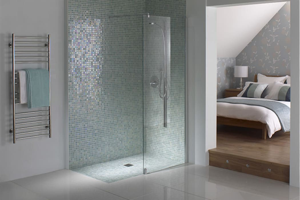 Wetroom Shower Areas Classic style bathroom by nassboards Classic