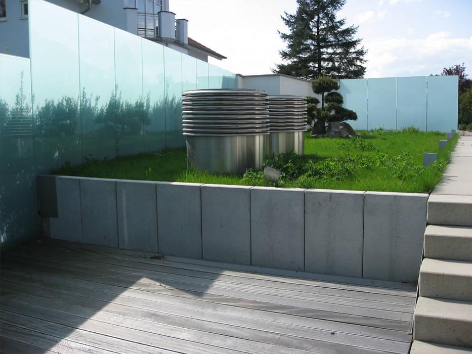 Atelier-Wohnung Moderner Balkon, Veranda & Terrasse von Lehmann Art Deco Architekt Modern