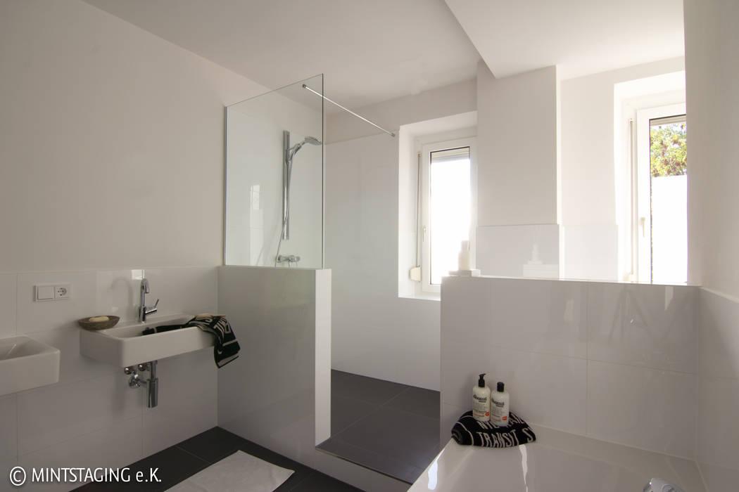 Zonen Moderne Badezimmer von MINTSTAGING e.K. Agentur für Interior Design & Raumkonzepte Modern