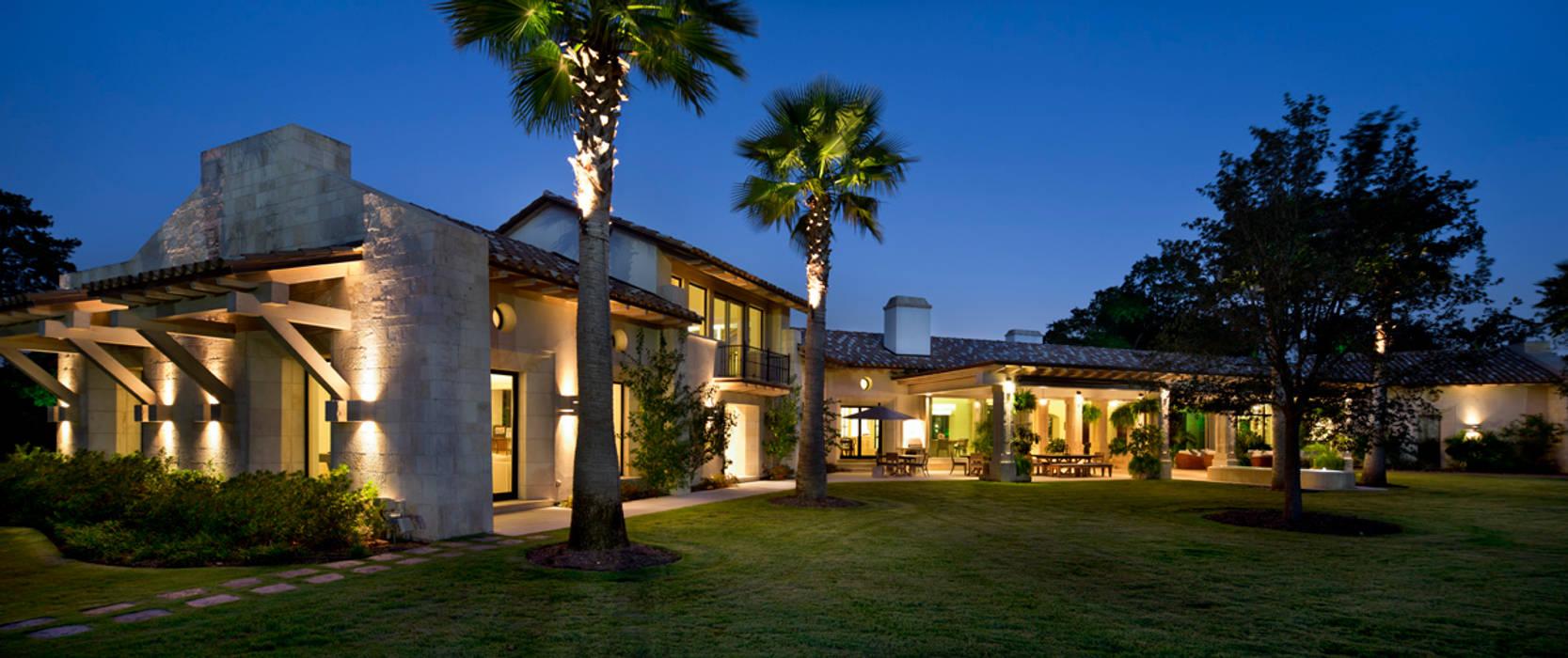Fachada Interior Casas de estilo rústico de Artigas Arquitectos Rústico