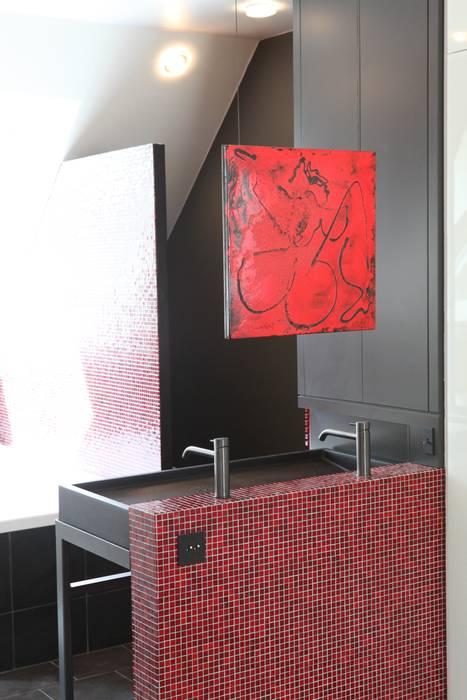 Une salle de bain très graphique Salle de bain moderne par homify Moderne
