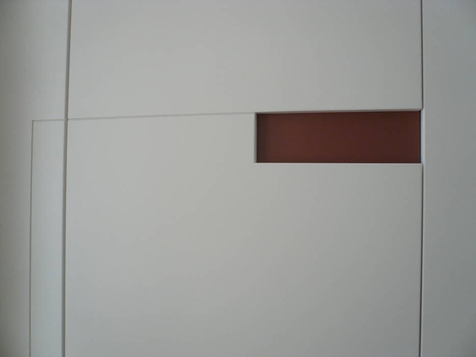 minimalist  by mori, Minimalist