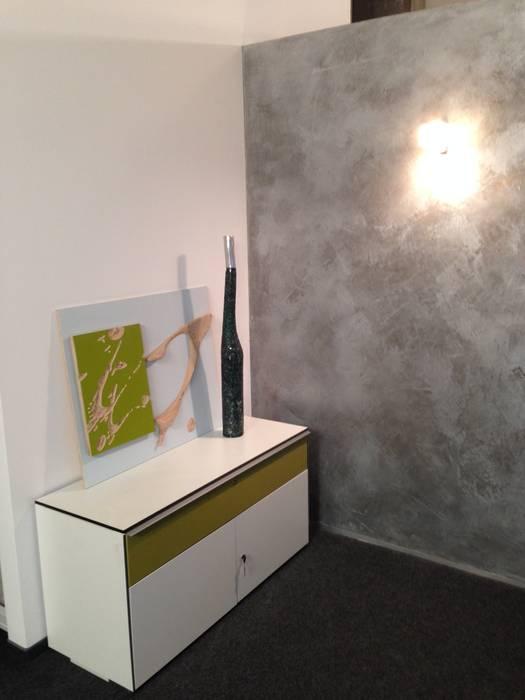 Oficinas de estilo  por Jakob Messerschmidt GmbH - Malerfachbetrieb, Industrial