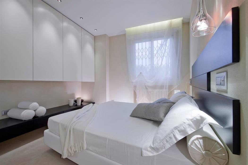 Modern style bedroom by Studio di Architettura SIMONE GIORGETTI Modern