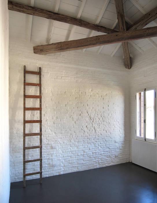 臥室 根據 Bertolone+Plazzogna Architetti