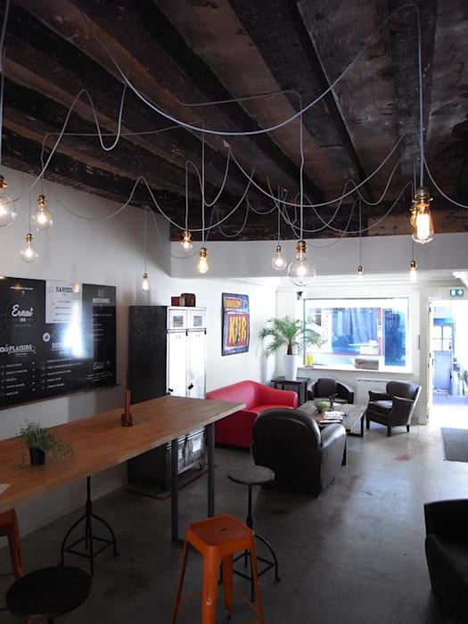 Ресторации в . Автор – Allegre + Bonandrini architectes DPLG, Лофт