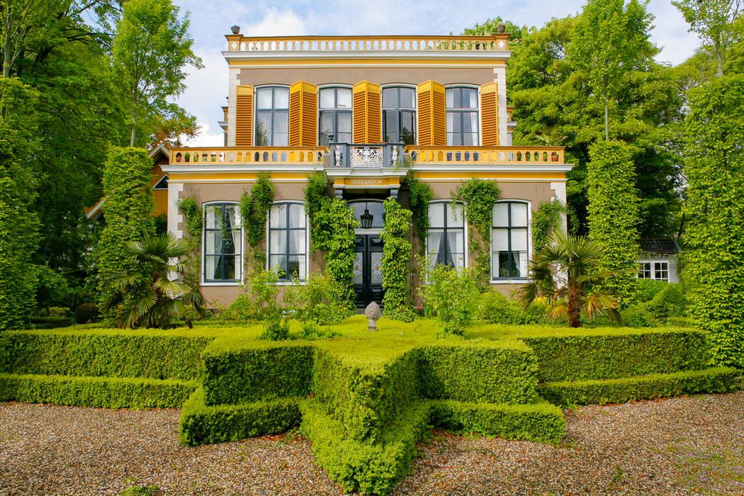 Jardines de estilo moderno de Volker Michael Photography Moderno